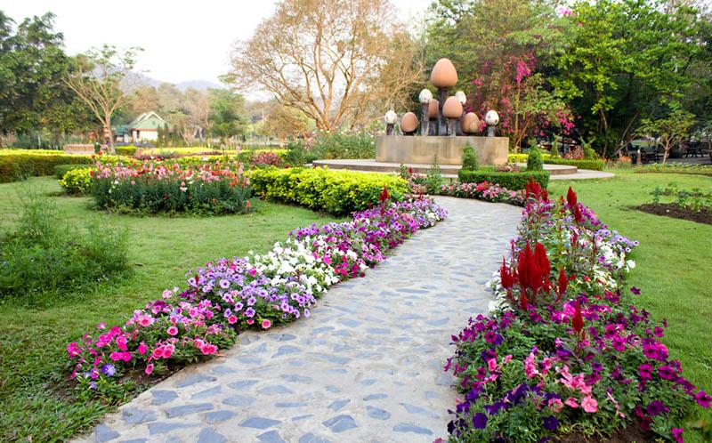 Garden Decking · Garden Landscaping ...